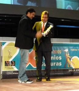 Recibiendo el premio CULTURAS 2009