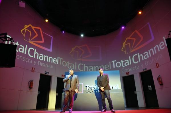 Con Pipo Fernandez en la presentación de TotalChannel